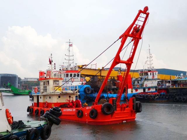 Anchor Boats Singapore